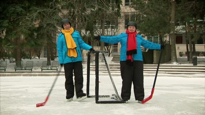 C'est l'hiver : Le hockey | Les saisons de Mini