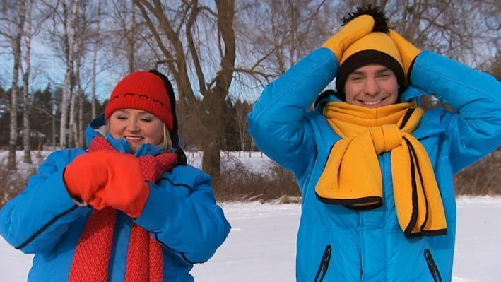 C'est l'hiver : La tuque et les mitaines | Les saisons de Mini