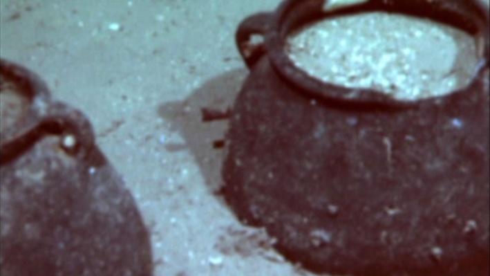 Beneath the Sea: Into the Deep with Bob Ballard--Wreck diving