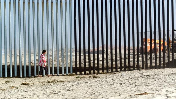 Tanya Aguiñiga at the USA/Tijuana Border | Craft in America