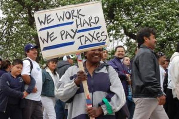 The Lowdown | Do Undocumented Immigrants Pay Taxes? Lesson Plan