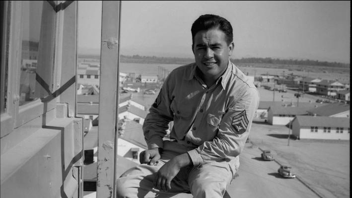 Pedro E. Guerrero: Latinos in WWII