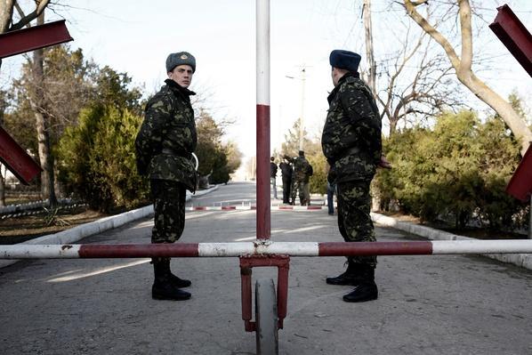 Crimean Call for Vote on Splitting from Ukraine Prompts International Opposition