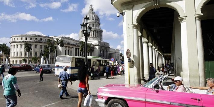 U.S., Cuba Re-establish Diplomatic Ties - Video