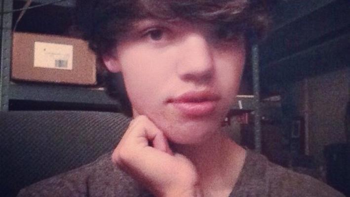 Transgender Issues in the Spotlight after Teen's Death - Video (2)