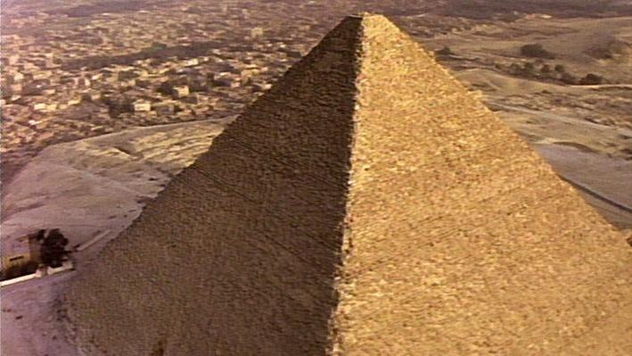Building the Pyramids of Ancient Egypt