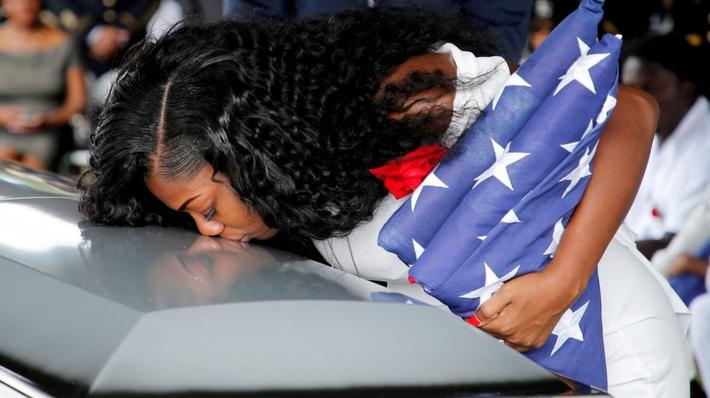 How Gold Star Families Became a Political Issue | PBS NewsHour
