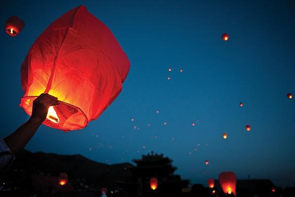 Celebrating the Birth of the Buddha | Global Oneness Project