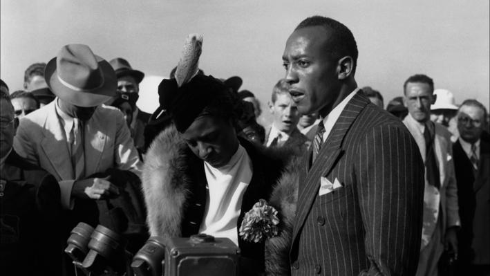 Jesse Owens: A Hero's Welcome?