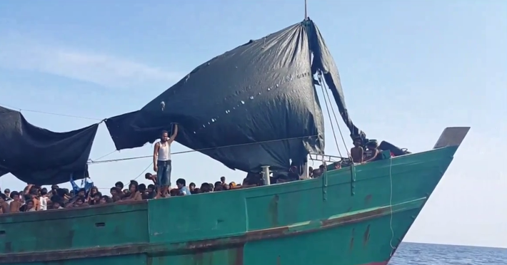 5,000 Refugees Stranded in Bay of Bengal – Video