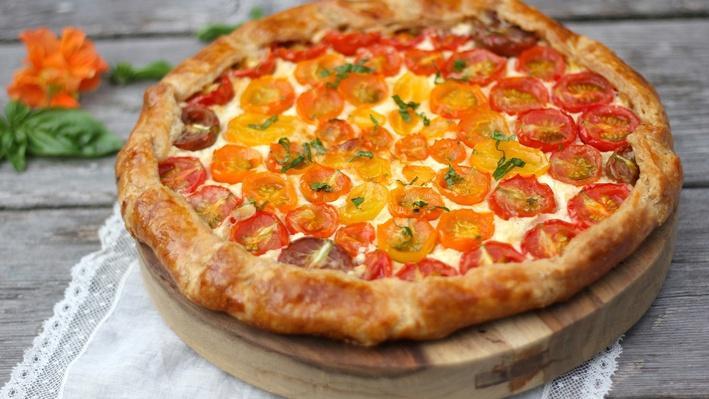 Cherry Tomato Galette | Kitchen Vignettes