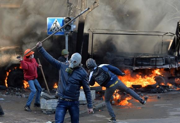 Fresh Protest Violence Erupts in Ukrainian Capital
