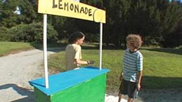 How Do You Keep Lemonade Cool?