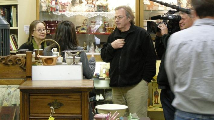 Roberta and David Williamson Take Students to the Antique Mall | Craft in America