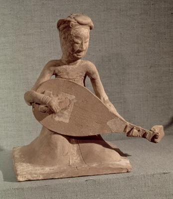 Seated musician playing a lute, from the Tomb of General Chang Sheng, Anyang, Honan, Sui Dynasty, 595 AD (stoneware)