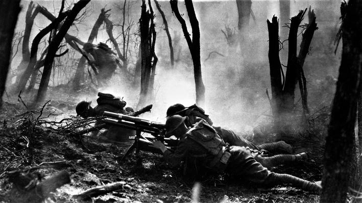 Photograph of American soldiers in battle at Meuse Argonne