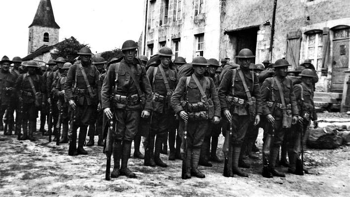Photograph of American soldiers at Meuse Argonne