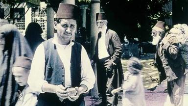 Gertrude Bell Arrives in Constantinople