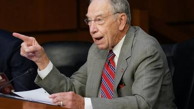Grassley commends Barrett for her 'impeccable credentials'