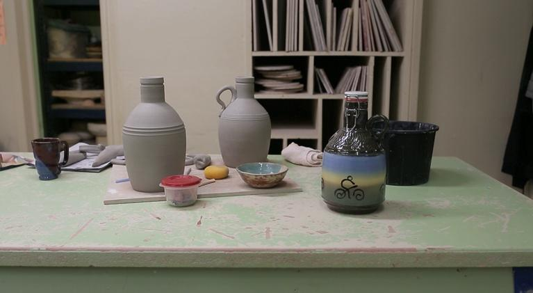 Access Northwest : A Passion for Pottery