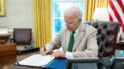 Washington Week   Debt Deadlines and Threats to Democracy