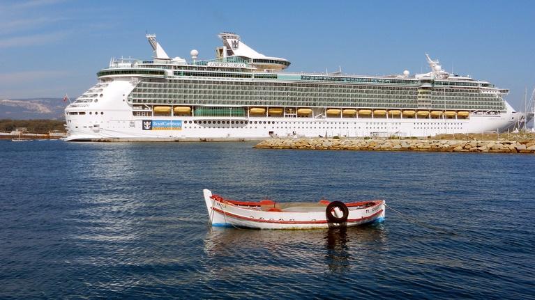 Rick Steves' Europe: Travel Skills: Cruising