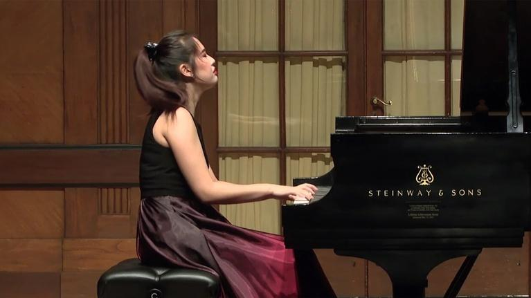 On Stage at Curtis: Pianist Chelsea Wang