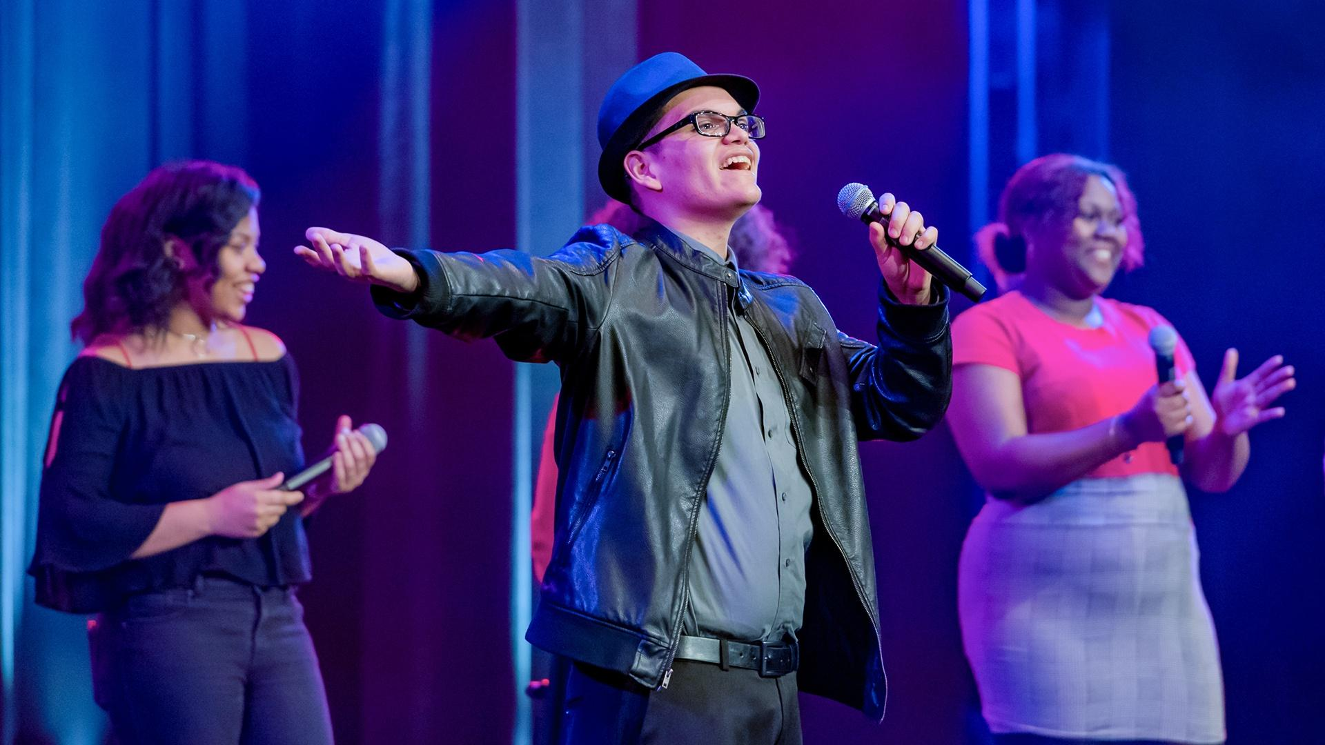 PBS Wisconsin Music & Arts : A Cappella's New Note