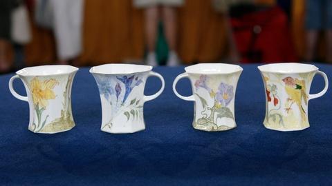 Antiques Roadshow -- Appraisal: Rozenburg Eggshell Porcelain Cups, ca. 1905