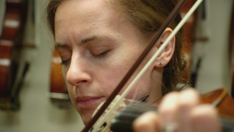Wisconsin Life: Offbeat Violinist