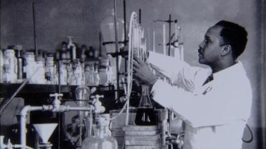 How Percy Julian Became a Great 20th Century Scientist