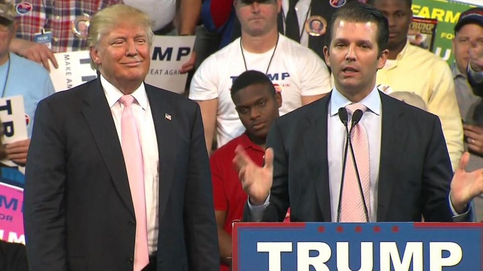 White House in crisis mode after Donald Trump Jr.'s emails w image