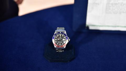 S24 E14: 1963 Rolex GMT Master