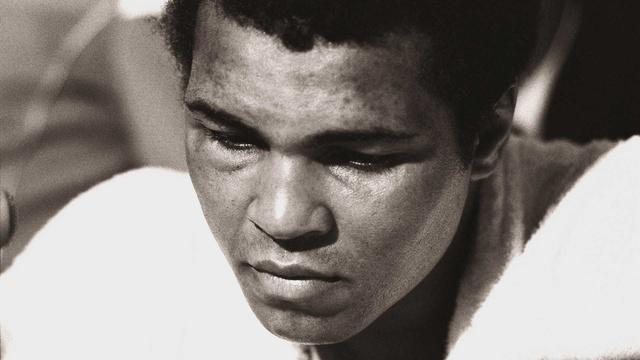 Muhammad Ali is Diagnosed with Parkinson's Disease