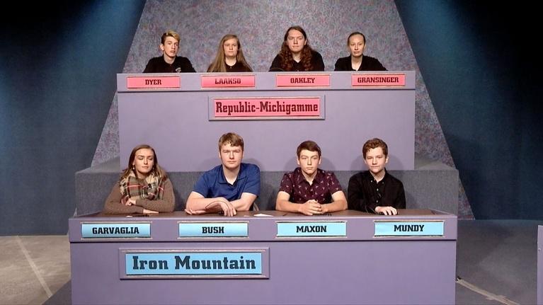 High School Bowl: 4202: Republic-Michigamme vs Iron Mountain
