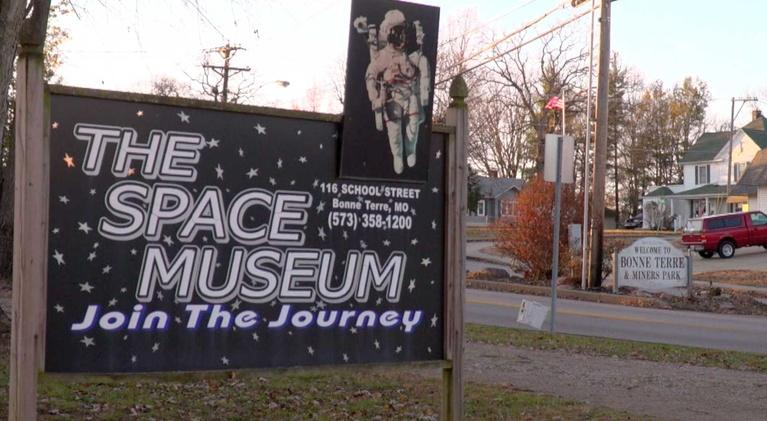 Living St. Louis: Bonne Terre Space Museum