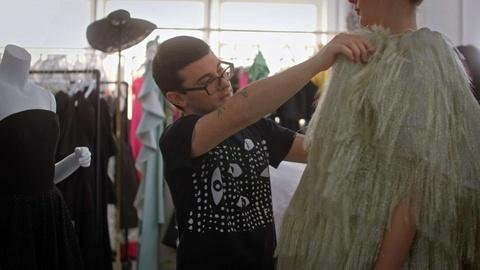 Breaking Big -- Christian Siriano Loves Transformation