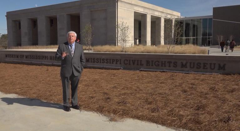 Mississippi Roads: Two Mississippi Museums