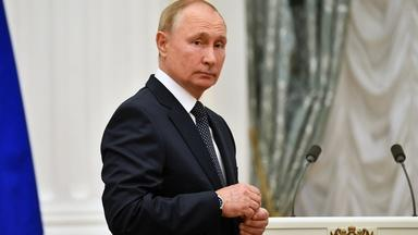 Russian government silences rivals as elections begin