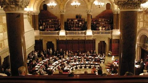 S2019 E4: Big Week for Senate Democrats