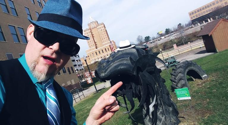 Around Akron with Blue Green: April 2019