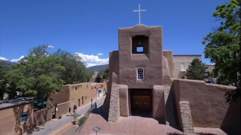 Colores: San Miguel Chapel