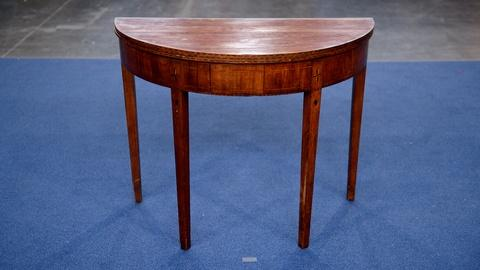 Antiques Roadshow -- S21 Ep17: Appraisal: Concord, Massachusetts Card Table, ca.