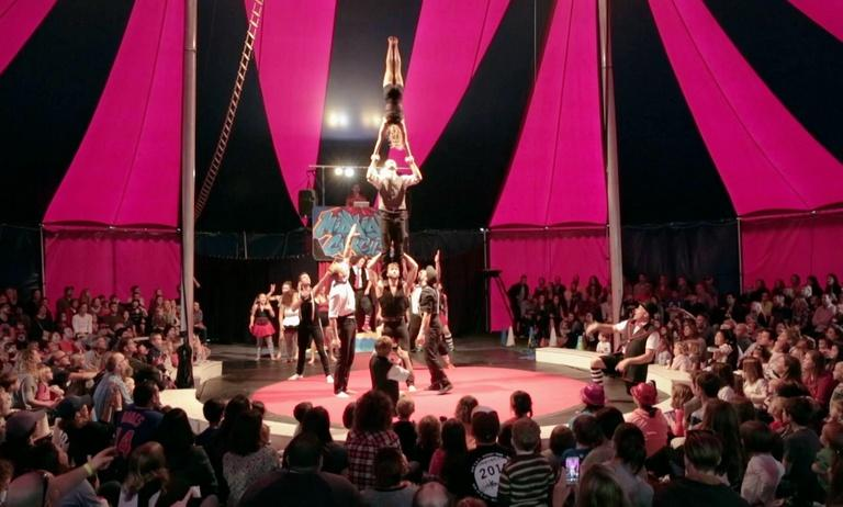 Las Bompleneras, Midnight Circus in the Parks