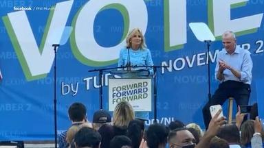 Jill Biden joins Murphy on campaign trail