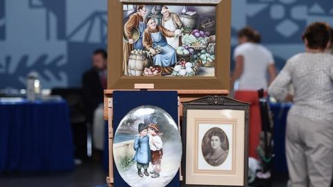 Antiques Roadshow -- S21 Ep16: Appraisal: Sidonia Klein Goldman Porcelain Plaques