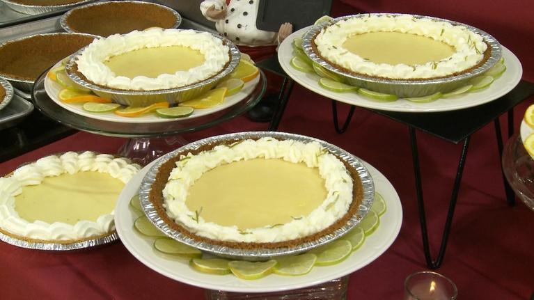 Charlotte Cooks: Charlotte Cooks Key Lime Pie