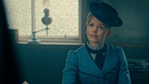 Miss Scarlet & The Duke -- Scene