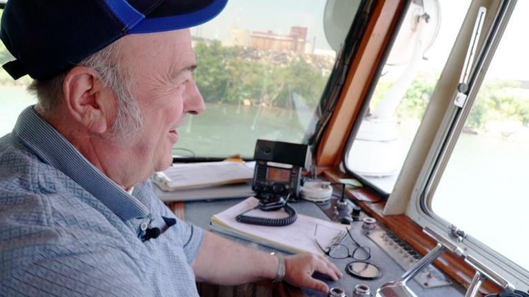 Jay's Chicago: Day in The Life of a Tugboat