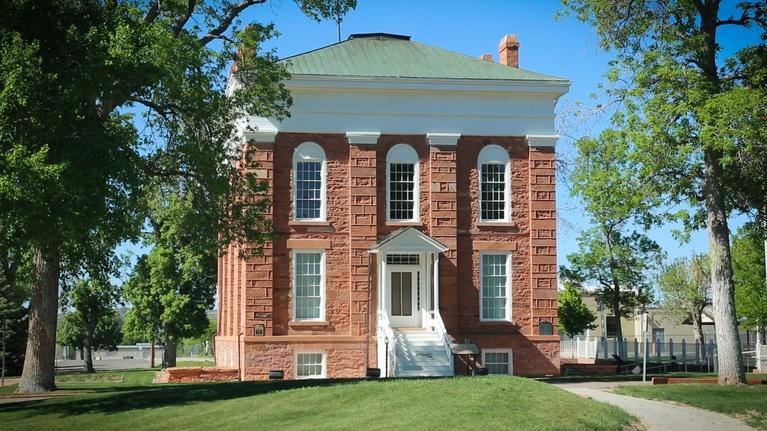 Contact in the Community: Old Capitol Storytelling Festival